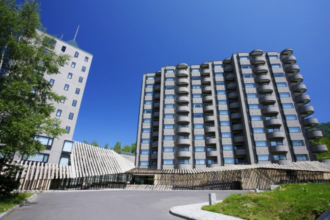 one-niseko-resort-towers.jpg