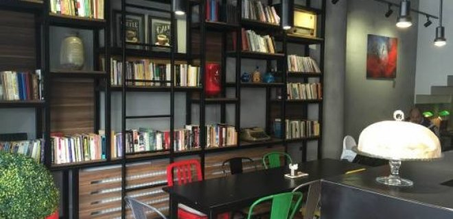 page-cafe-gallery.jpg
