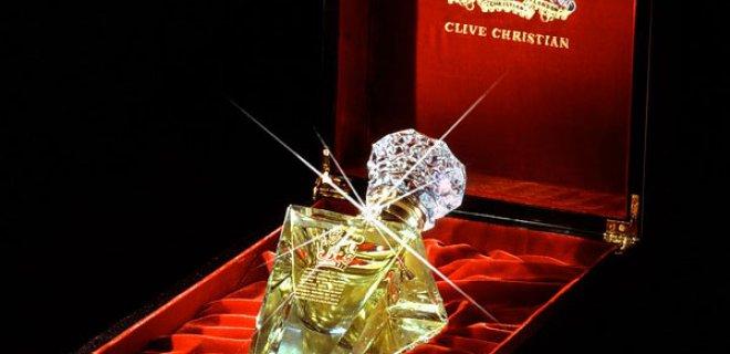 parfum---$-215-bin-dolar.jpg