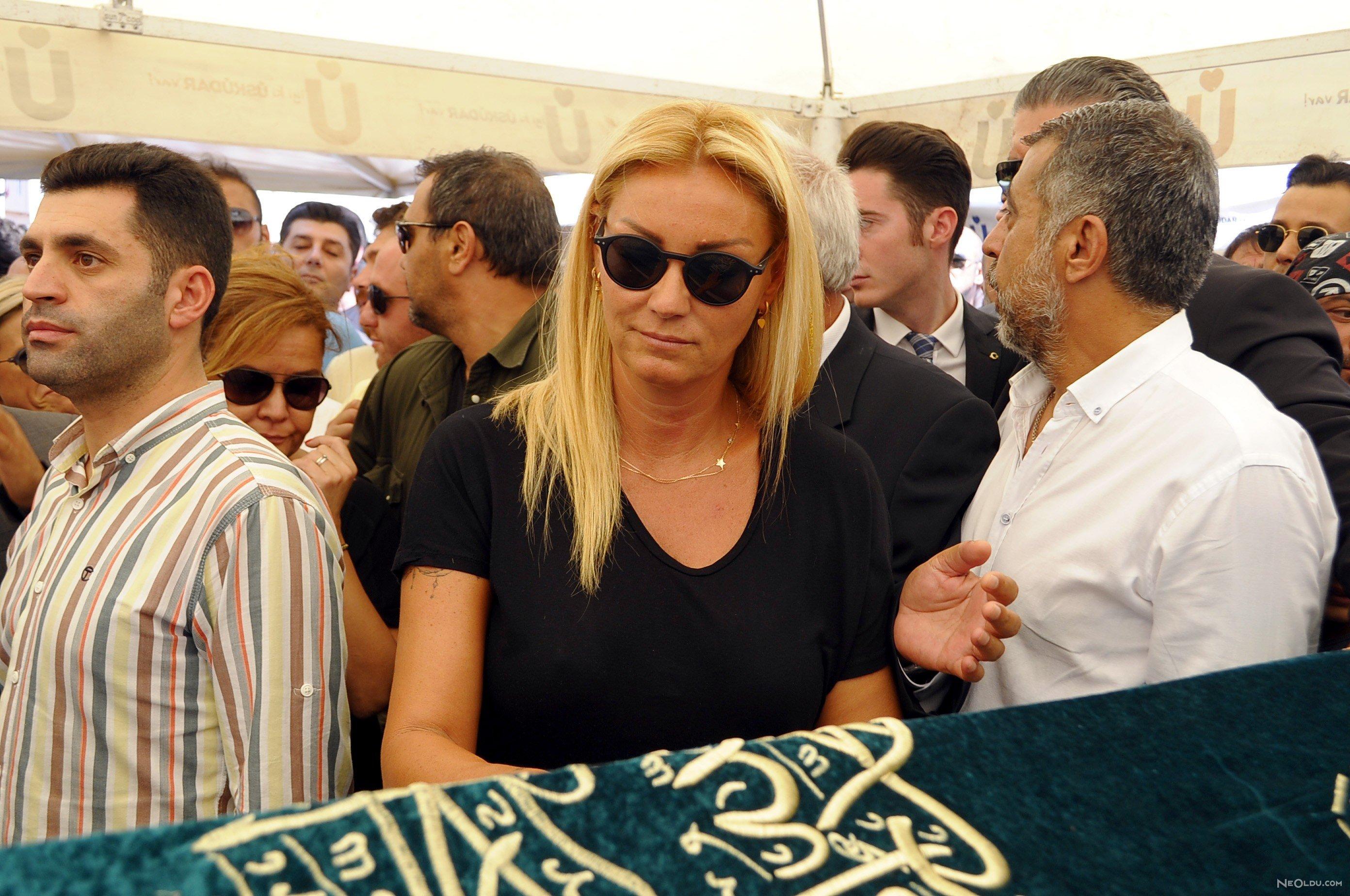 pınar altuğ vatan şaşmaz cenazesi