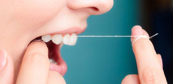 Protez Dişlere Nasıl Bakılmalı