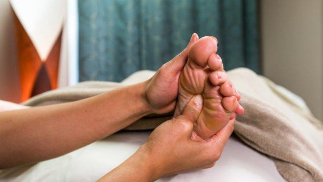 refleksoloji-hangi-hastaliklarda-ise-yarar.jpg