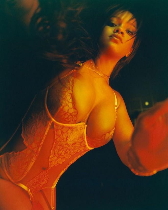 Rihanna Paylaşım
