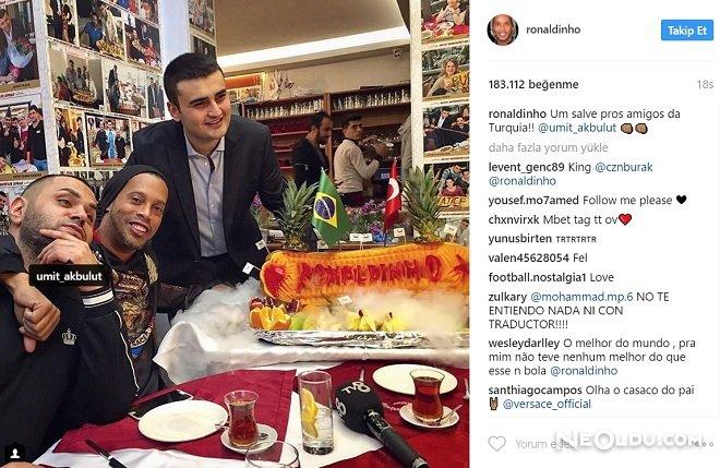 Ronaldinho Paylaşım