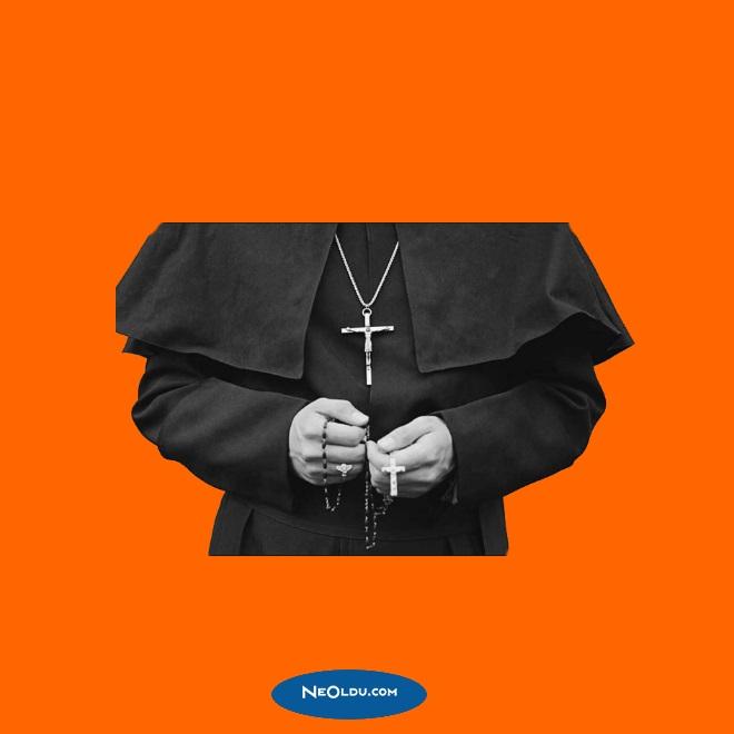 Rüyada Papaz Görmek