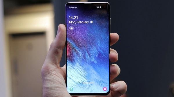 Samsung Yeni Telefonu Galaxy S10 Özellikleri ve Fiyatı