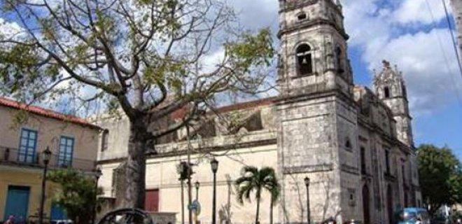 san-carlos-de-borromeo-katedrali.jpg