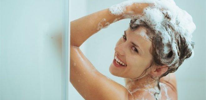 Sıcak Suyla Saç Yıkamak
