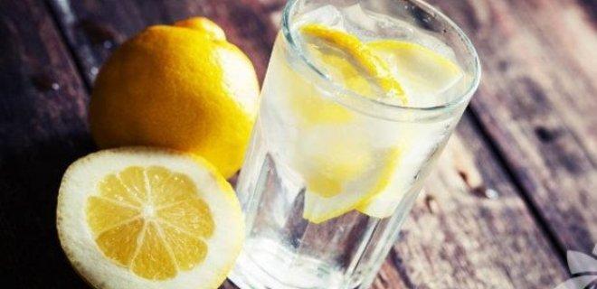 soda-ile-limonla-batiklardan-kurtulun.jpg