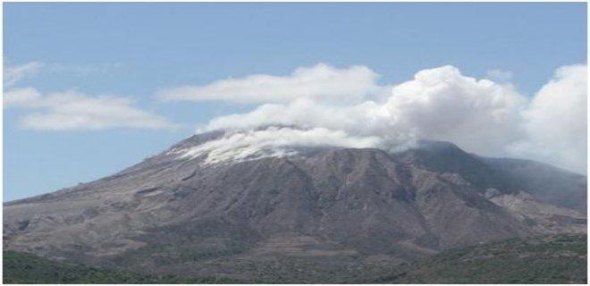 soufriere-volkanik-tepeleri