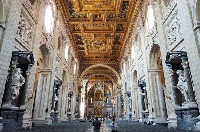 st.-john-lateran-bazilikasi.jpg