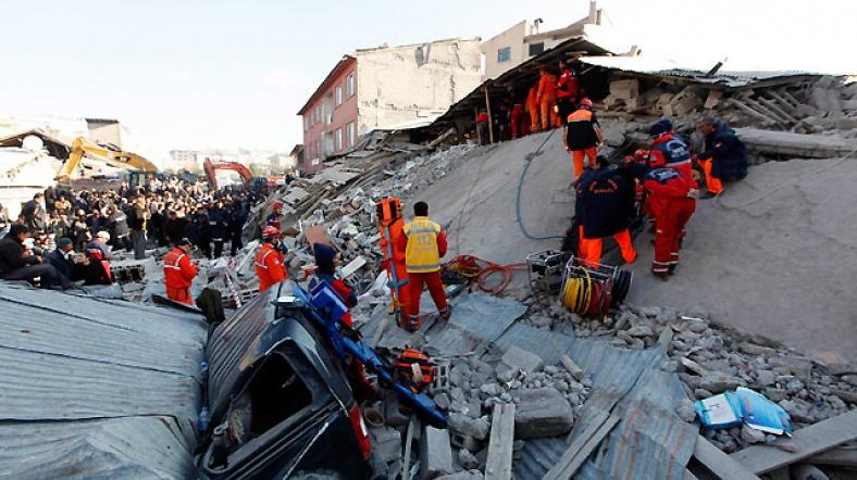 tabanli-koyu-depremi-(2011).jpg