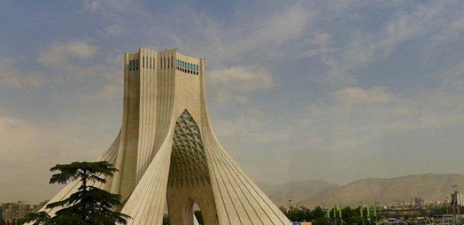tahran-ozgr.jpg