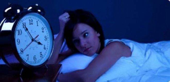 uyku-felci-hakkinda-bilinmesi-gerekenler.jpg