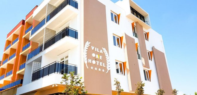 vila-one-beach-hotel.jpg