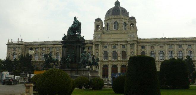 viyana-sanat-tarihi-muzesi.jpg