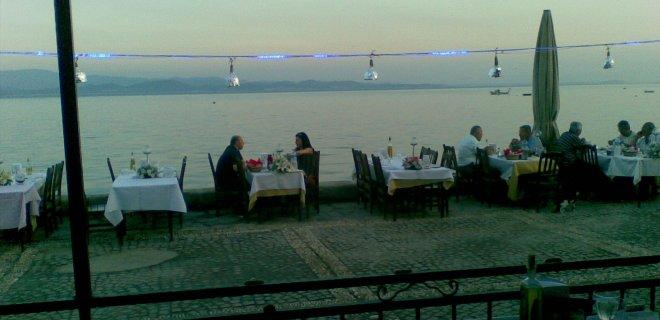 Edremit-Yakamoz Restorant