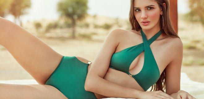 yaz-plaj-modasi-bikini-ve-mayolari-parlayan-renk.JPG