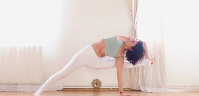 yoga-001.jpg