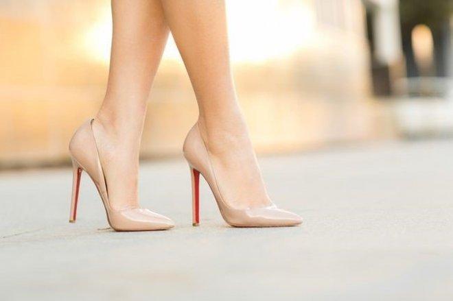 yuksek-topuklu-ayakkabilar.jpg