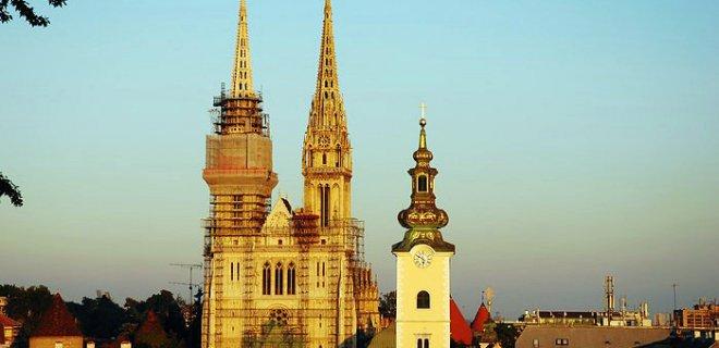 zagreb-katedrali.jpg