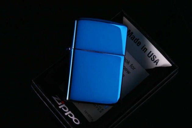zippo-001.jpg